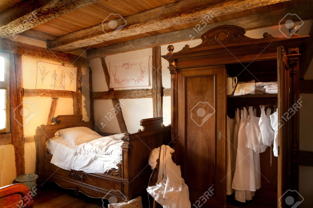 altes schlafzimmer von 1900 in der Öko-museum von ungersheim, Schlafzimmer