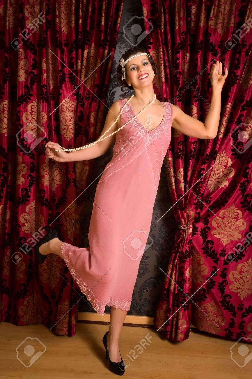 Hermosa Vestidos De Dama 1920 Colección de Imágenes - Ideas de ...