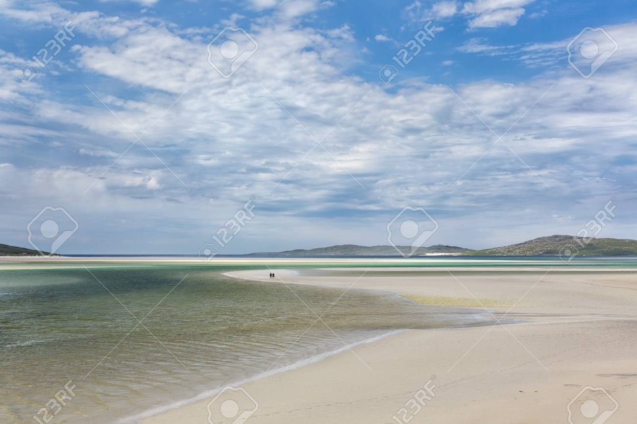 Grüne Und Türkisfarbene Farben Bei Ebbe Auf Luskentyre Strand Auf ...