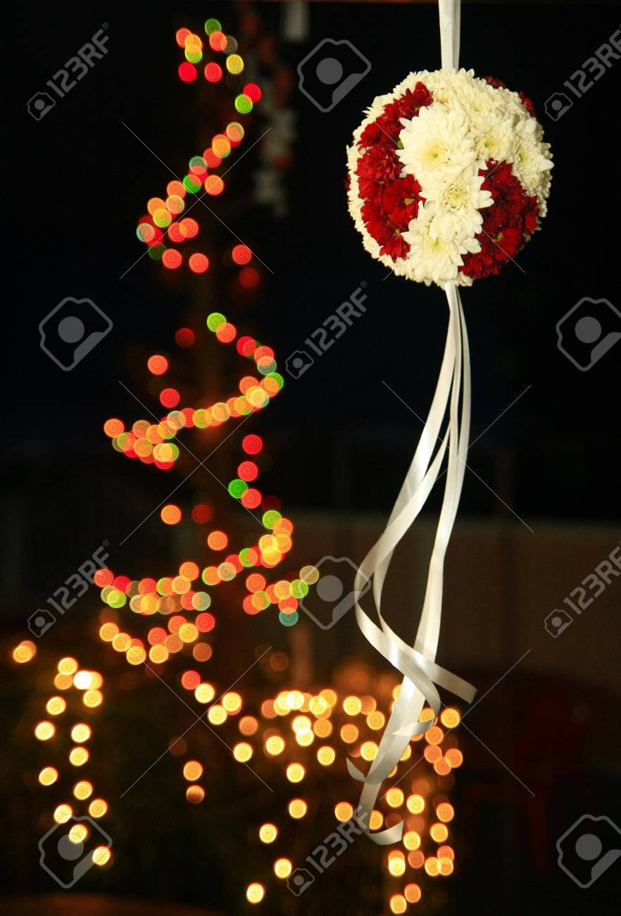 White red bunch with white ribbin and light blur backgrond Stock Photo - 8816781