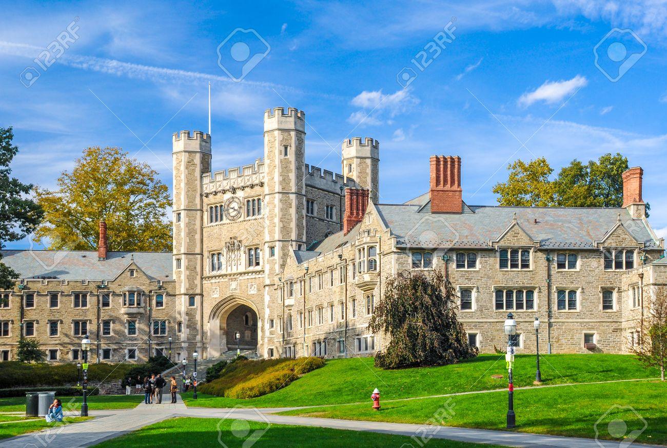 プリンストン大学、アメリカの有名な大学の 1 つ の写真素材・画像素材 ...