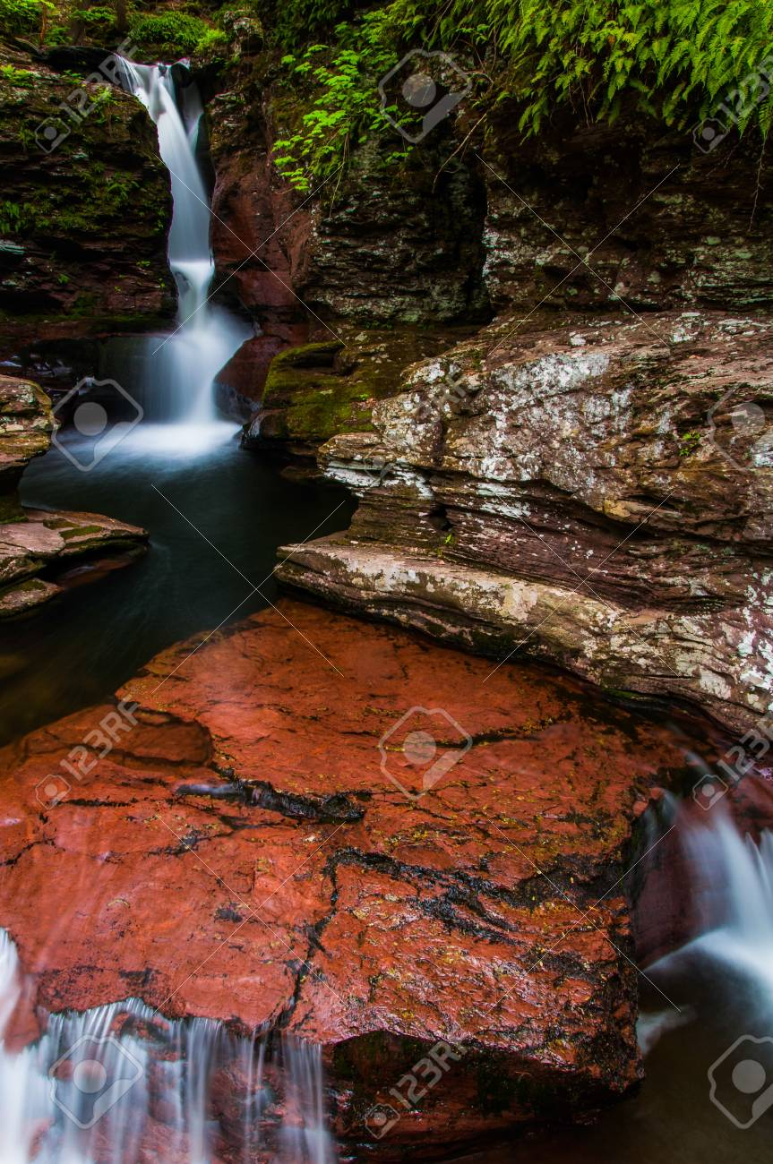 Adam's Falls and a small cascade on Kitchen Creek in Ricketts Glen State Park, Pennsylvania. Stock Photo - 20759402
