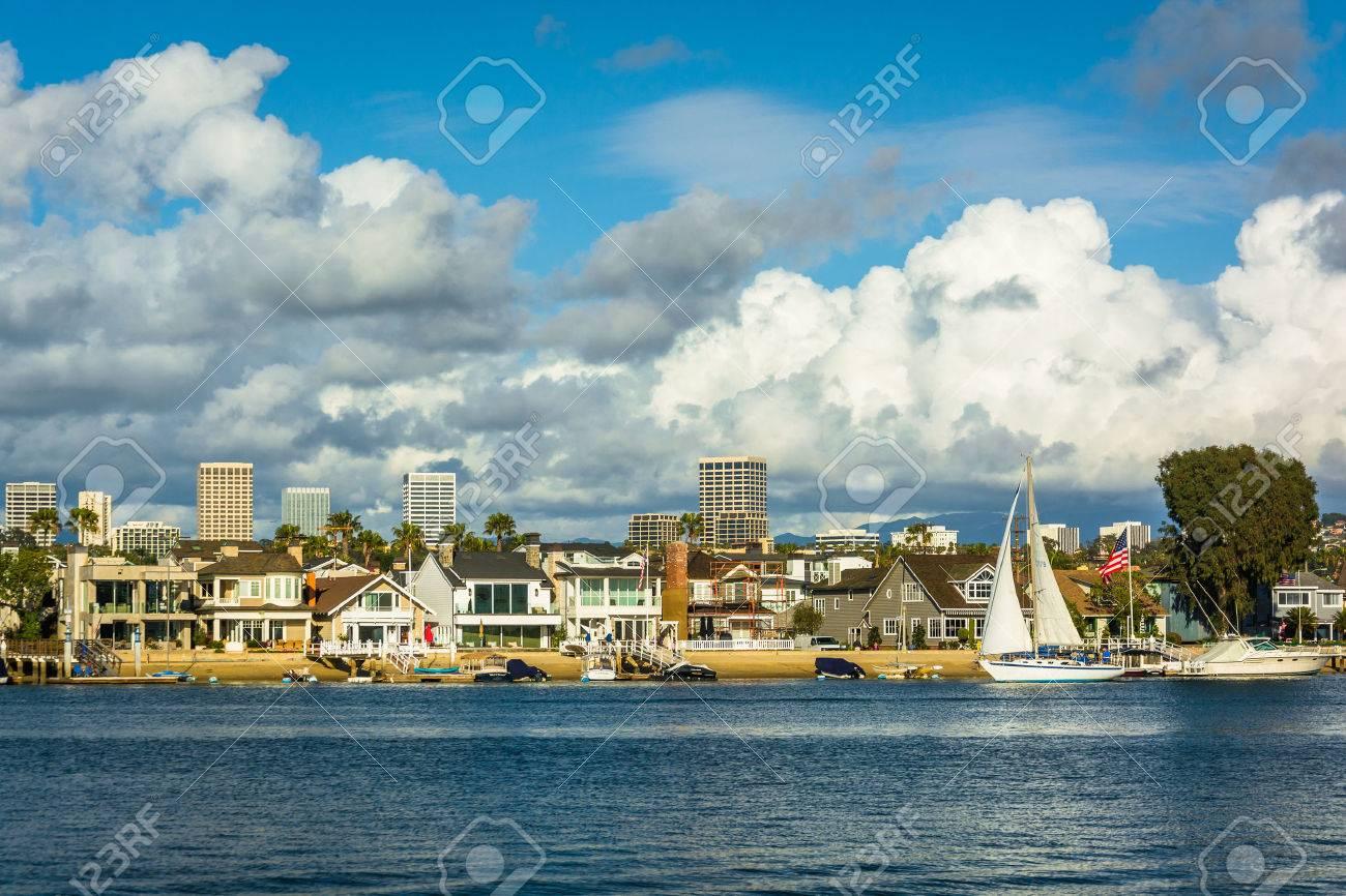 バルボア島、アーバイン、カリフォルニア州ニューポート ・ ビーチから ...