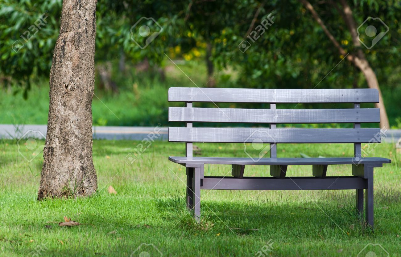 background of wooden chair in the park Stock Photo - 10224153 & Background Of Wooden Chair In The Park Stock Photo Picture And ...