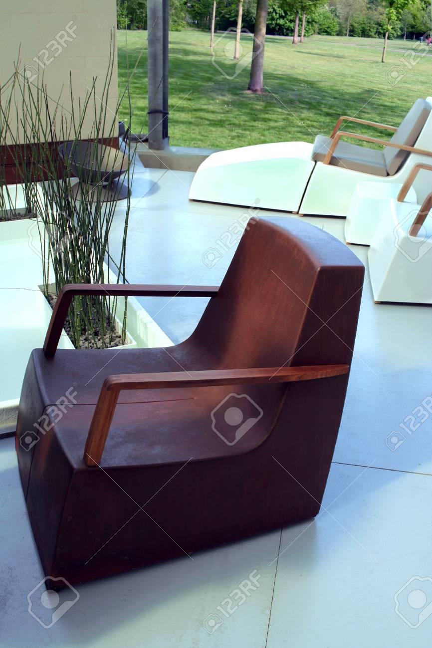 moderne moebel fuer haus, moderne möbel für garten und haus hof lizenzfreie fotos, bilder und, Design ideen