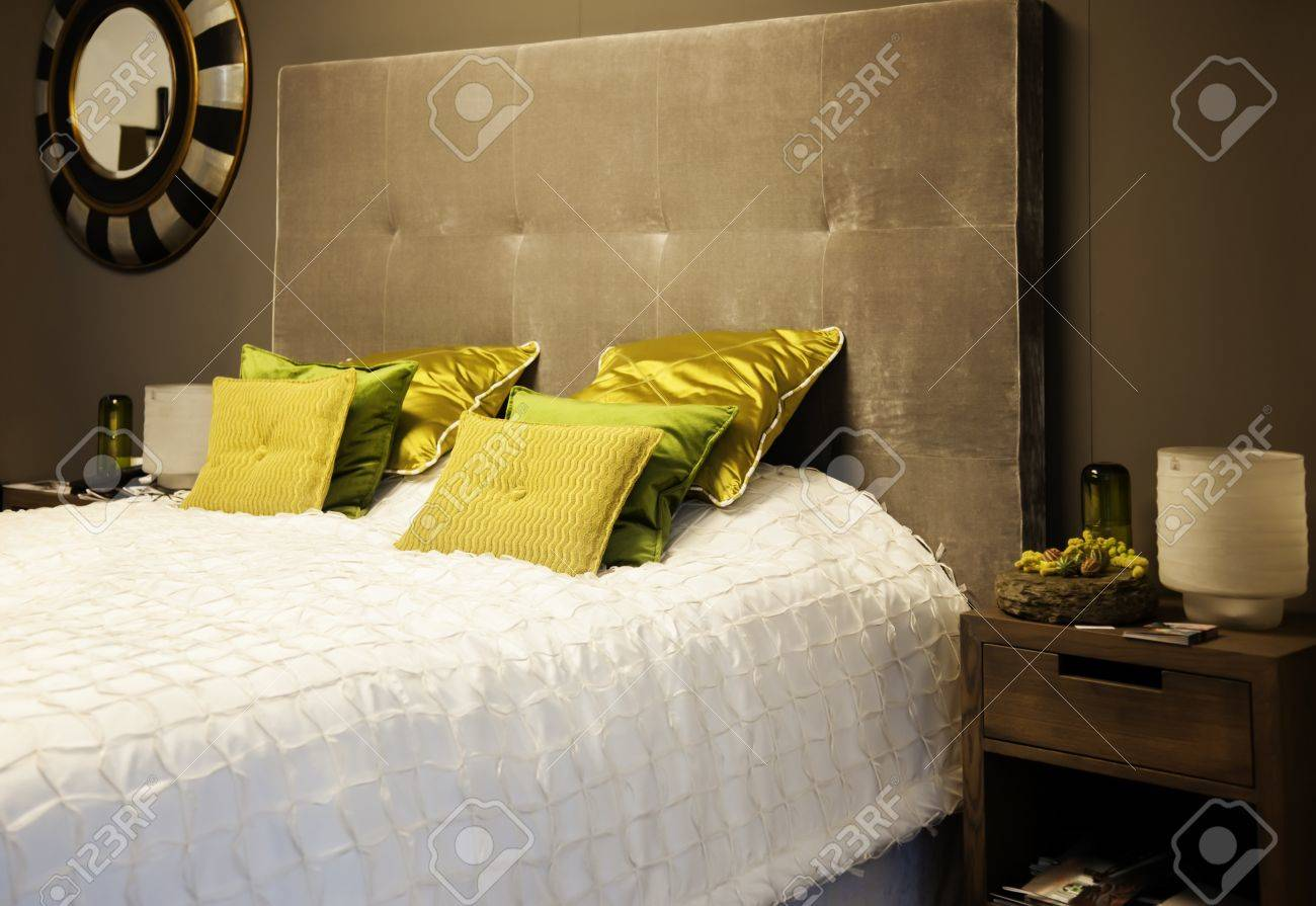 detail of classic luxery bed Stock Photo - 15688996