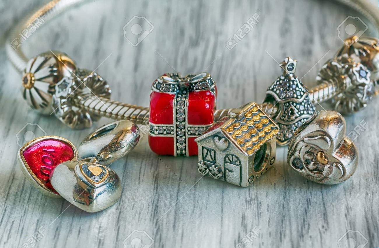 bijoux femme pandora charms