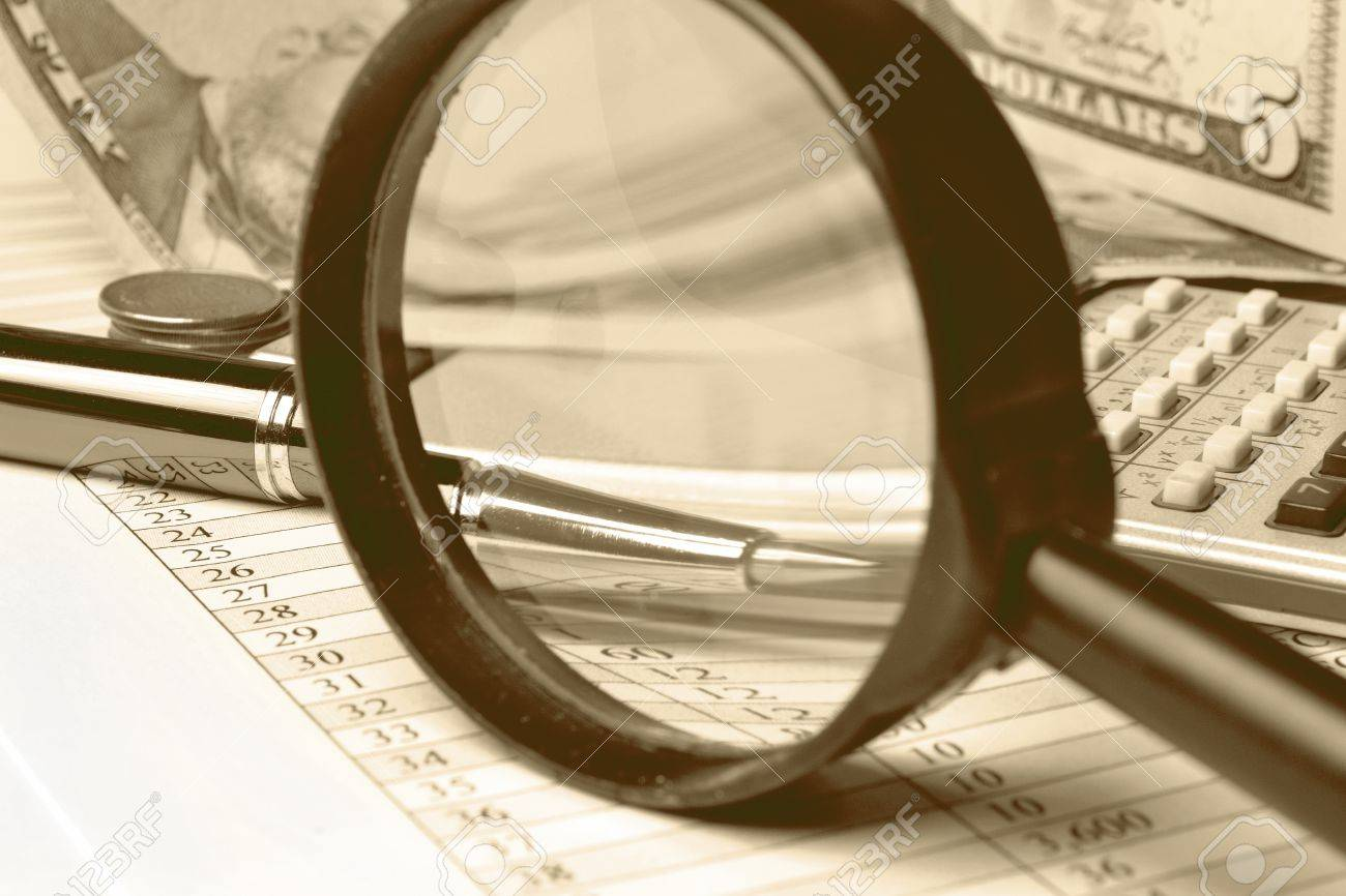 Business background with table, coins and pen, in sepia. Stock Photo - 12854777