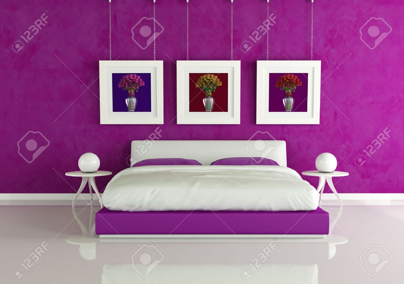 Paars moderne slaap kamer met frame met gekleurde rozen ...