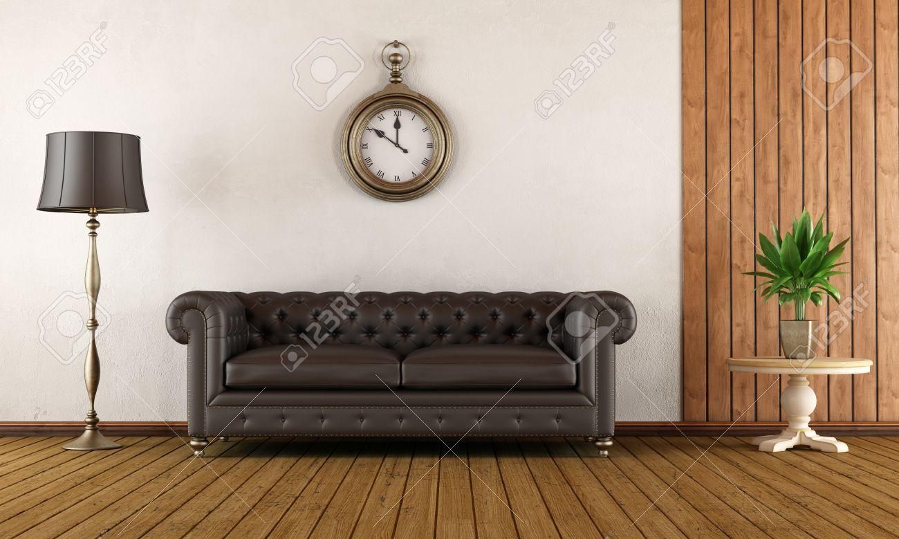 Vintage woonkamer met klassieke bank, houten lambrisering en witte ...