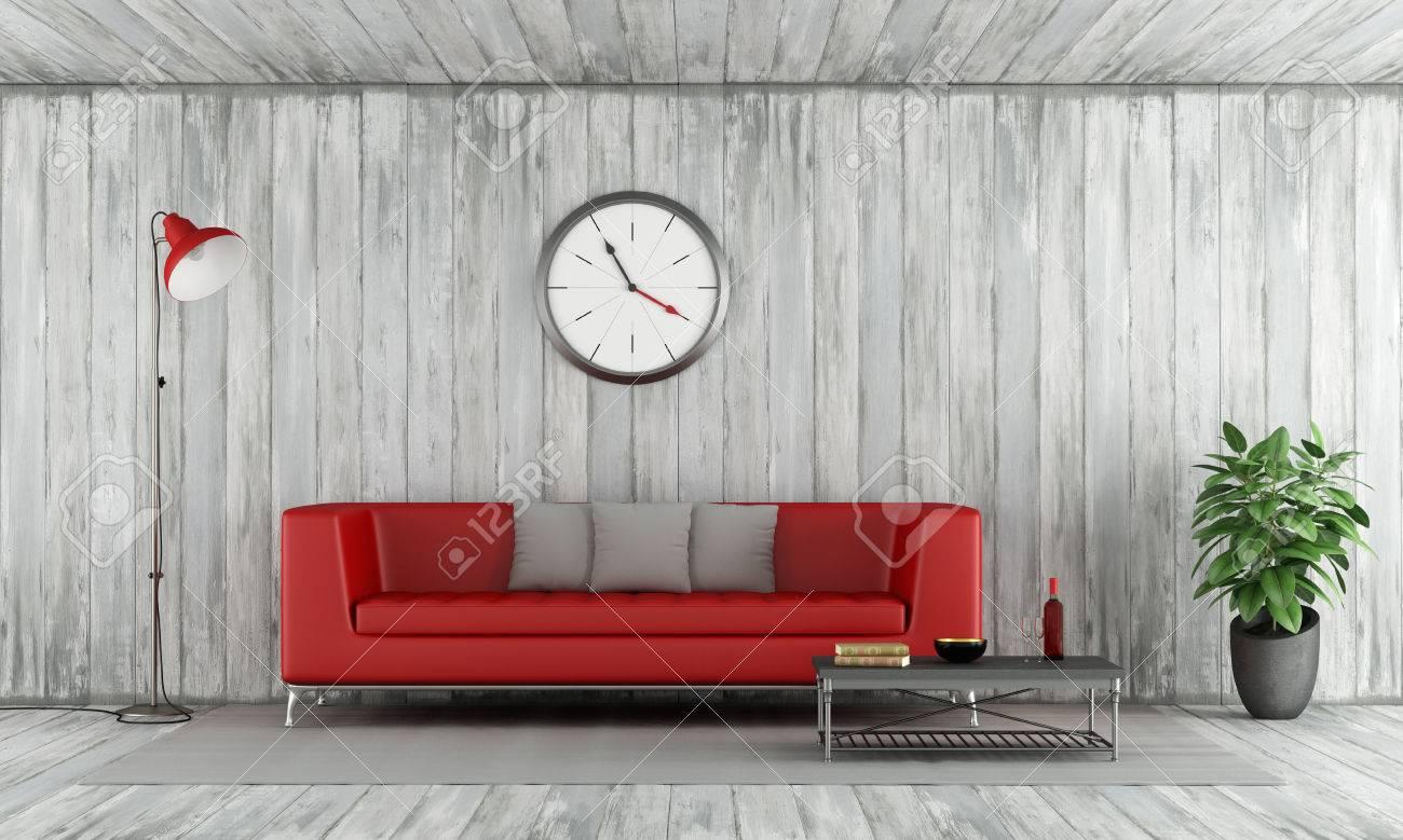 Zeitgenössische Rote Couch In Alten Holzzimmer Mit Stehlampe Große