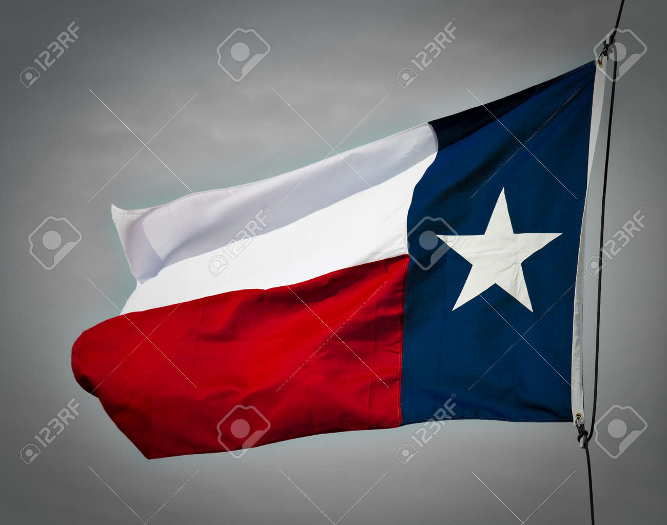 A new Texas flag flapping in the wind. Stock Photo - 7765216