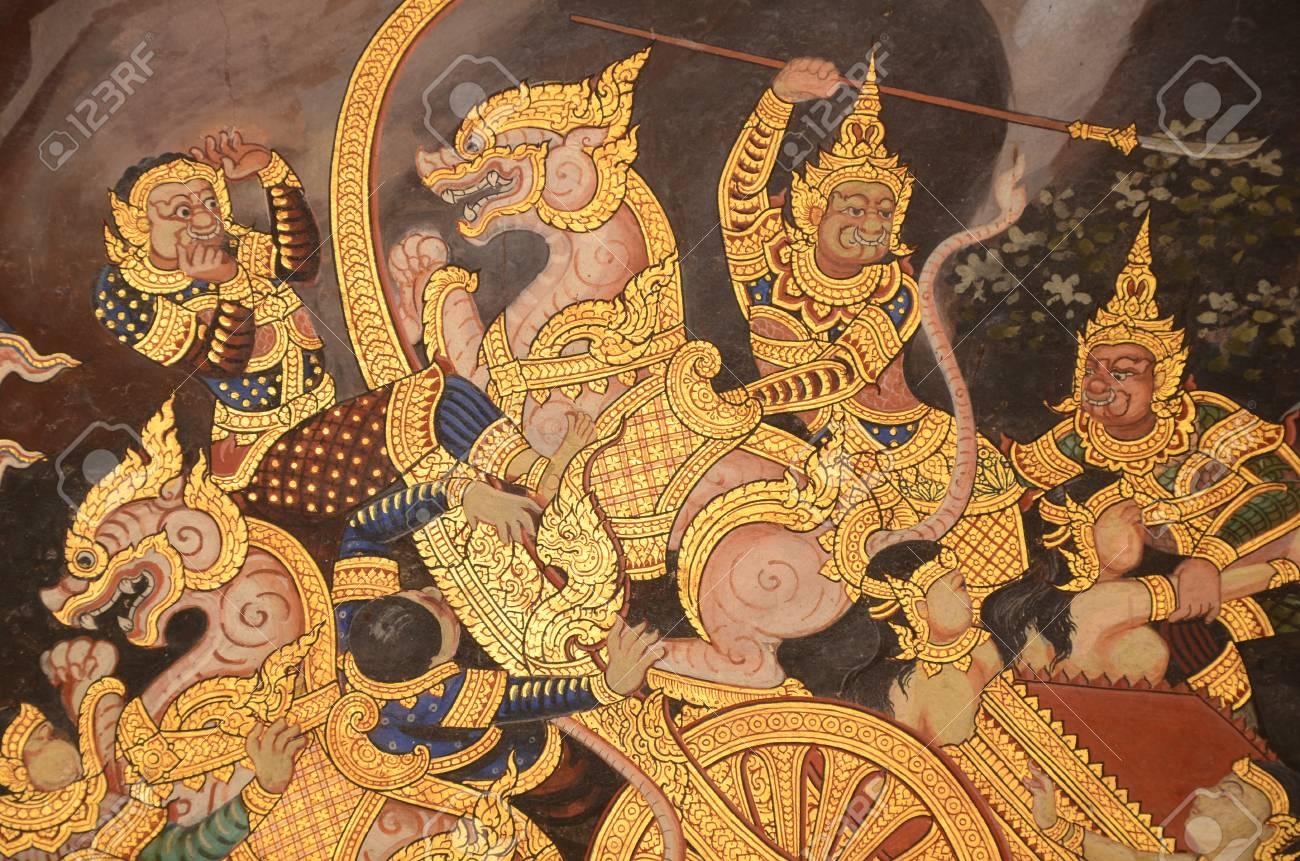 Pintura Mural Tailandes Con Colores Al Temple Y Dorado