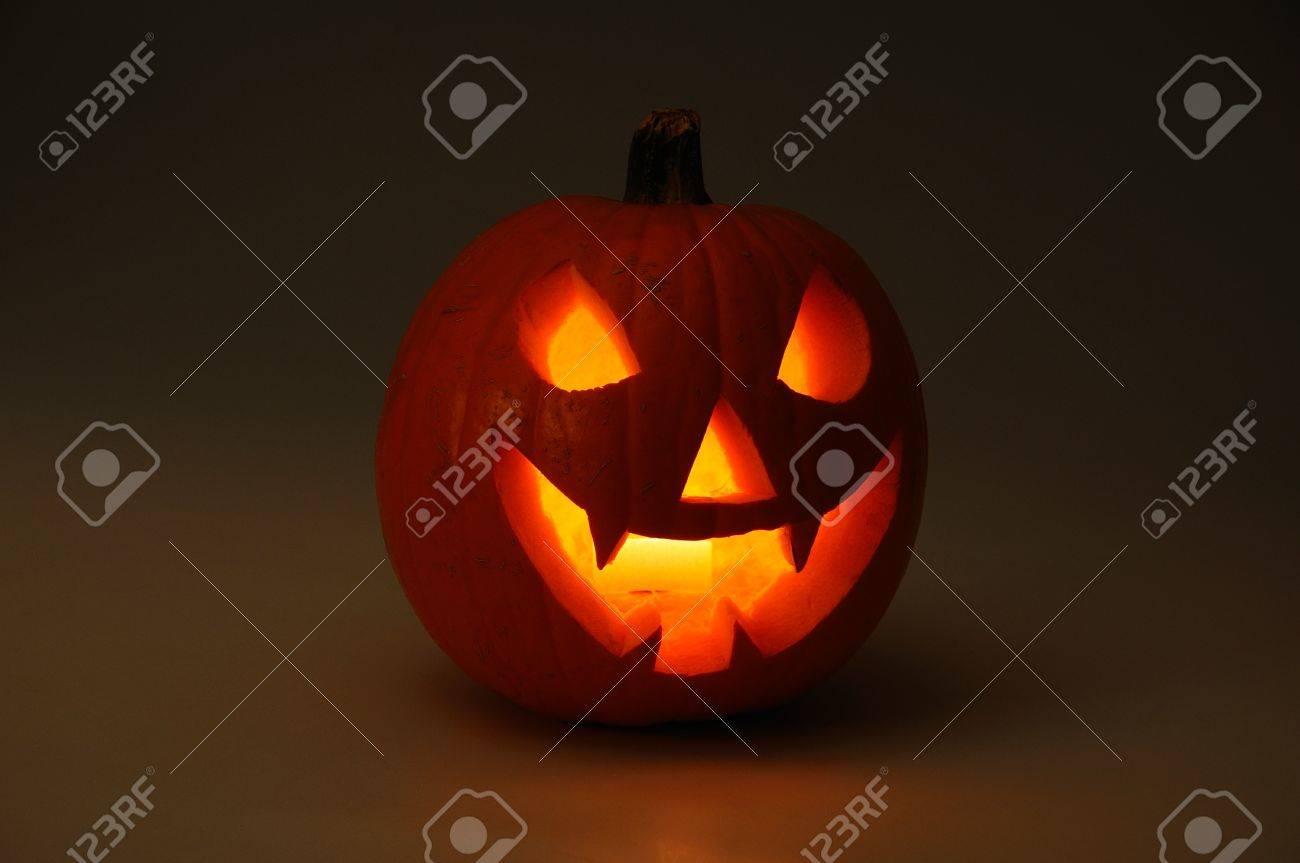 Caras De Calabazas Para Halloween. Paginas Para Colorear De Calabaza ...