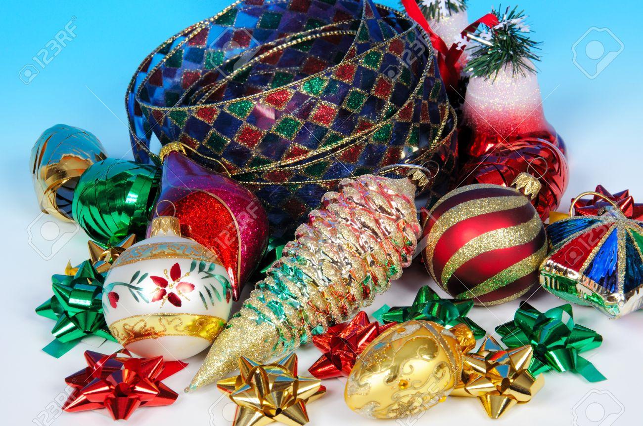 Western Christmas Tree Decorations.Glass Christmas Tree Decorations With Colourful Ribbons And Bows