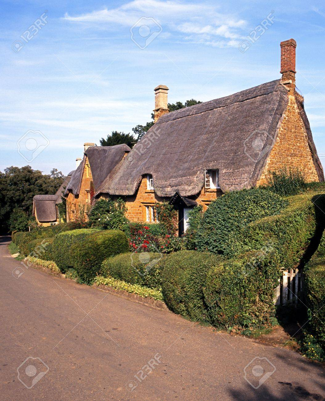 Thatched Cottages Great Tew Oxfordshire Cotswolds England UK Western Europe