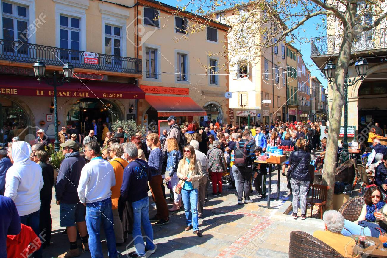 Crowd of people at the carnival of Limoux in Aude, Occitanie in the south of France - 143985479