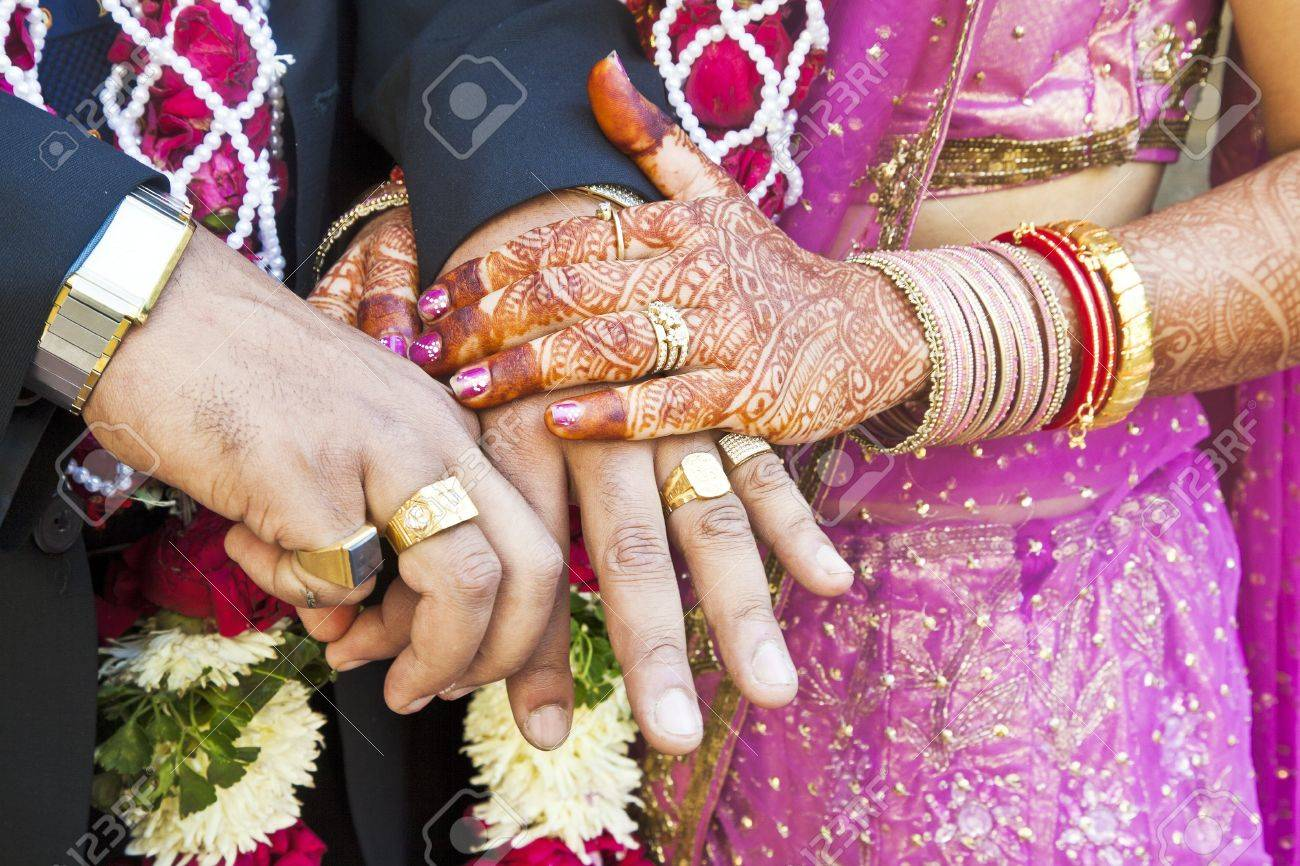 The most beautiful wedding rings: Which hand wedding ring india