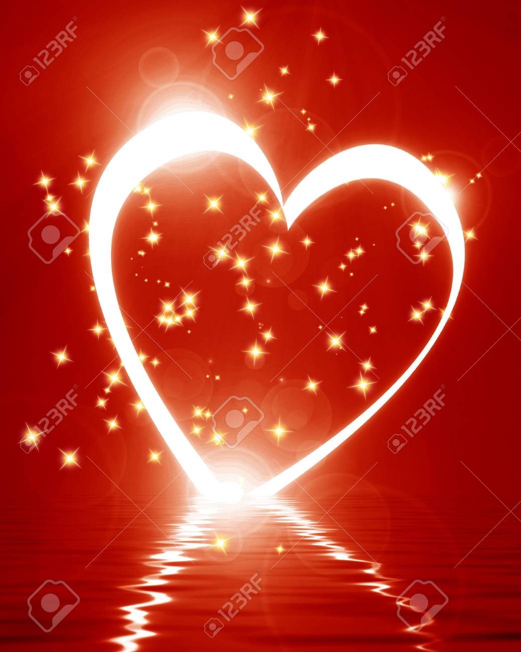 Reflected heart with some soft glowing highlights Stock Photo - 15612654