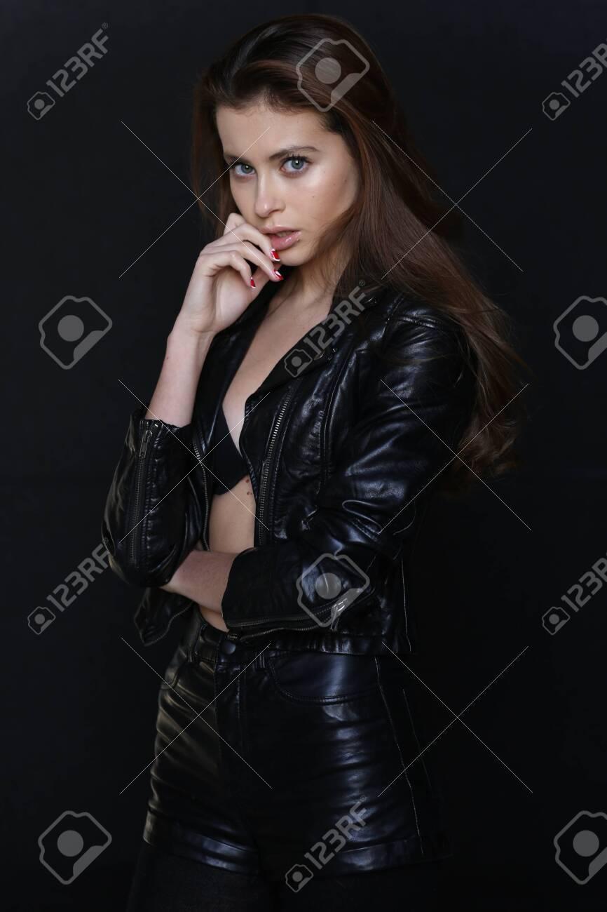 Beautiful young female brunette model - 133020426