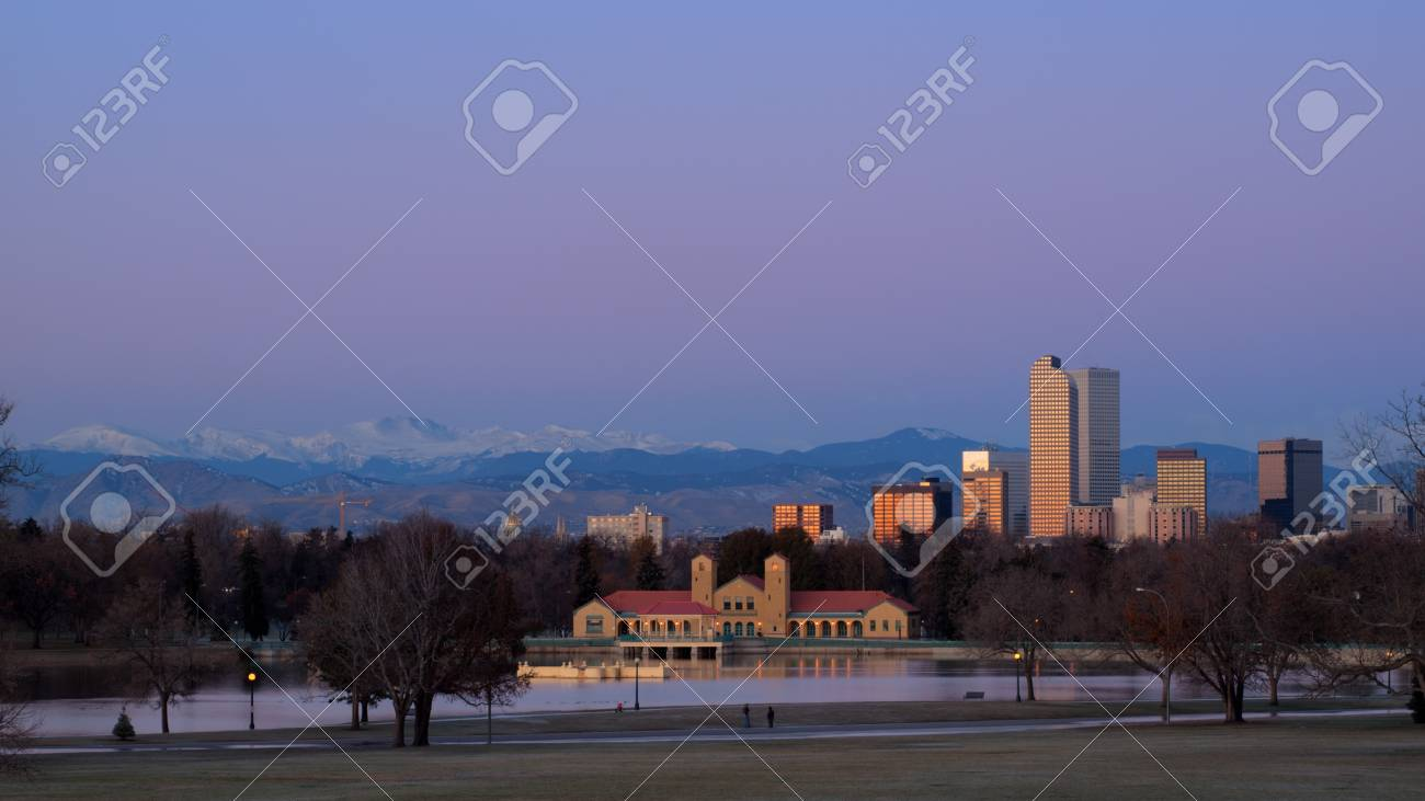 A view of downtown Denver before sunrise. Stock Photo - 11249703