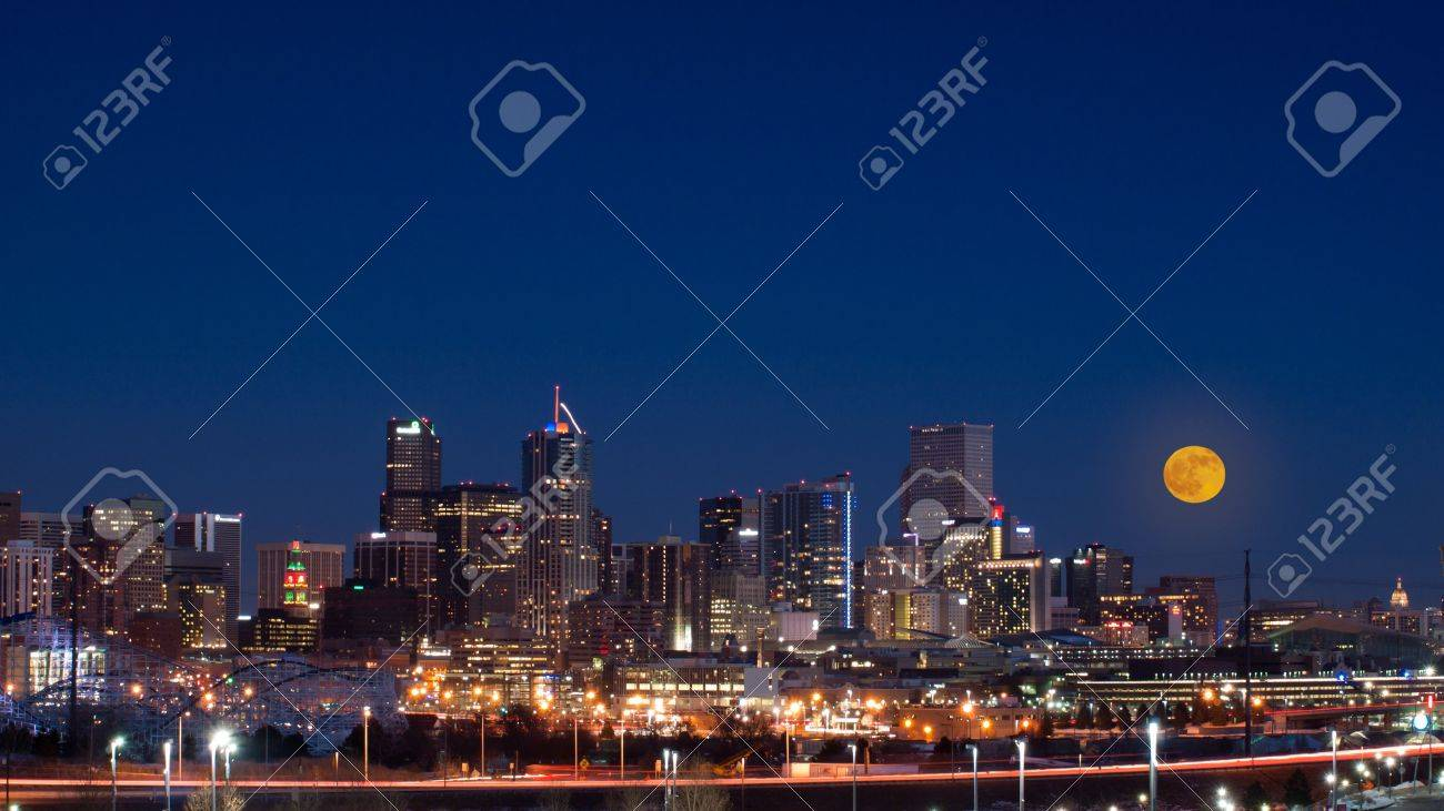 A view of Denver, Colorado downtown with full moon. Stock Photo - 11459141