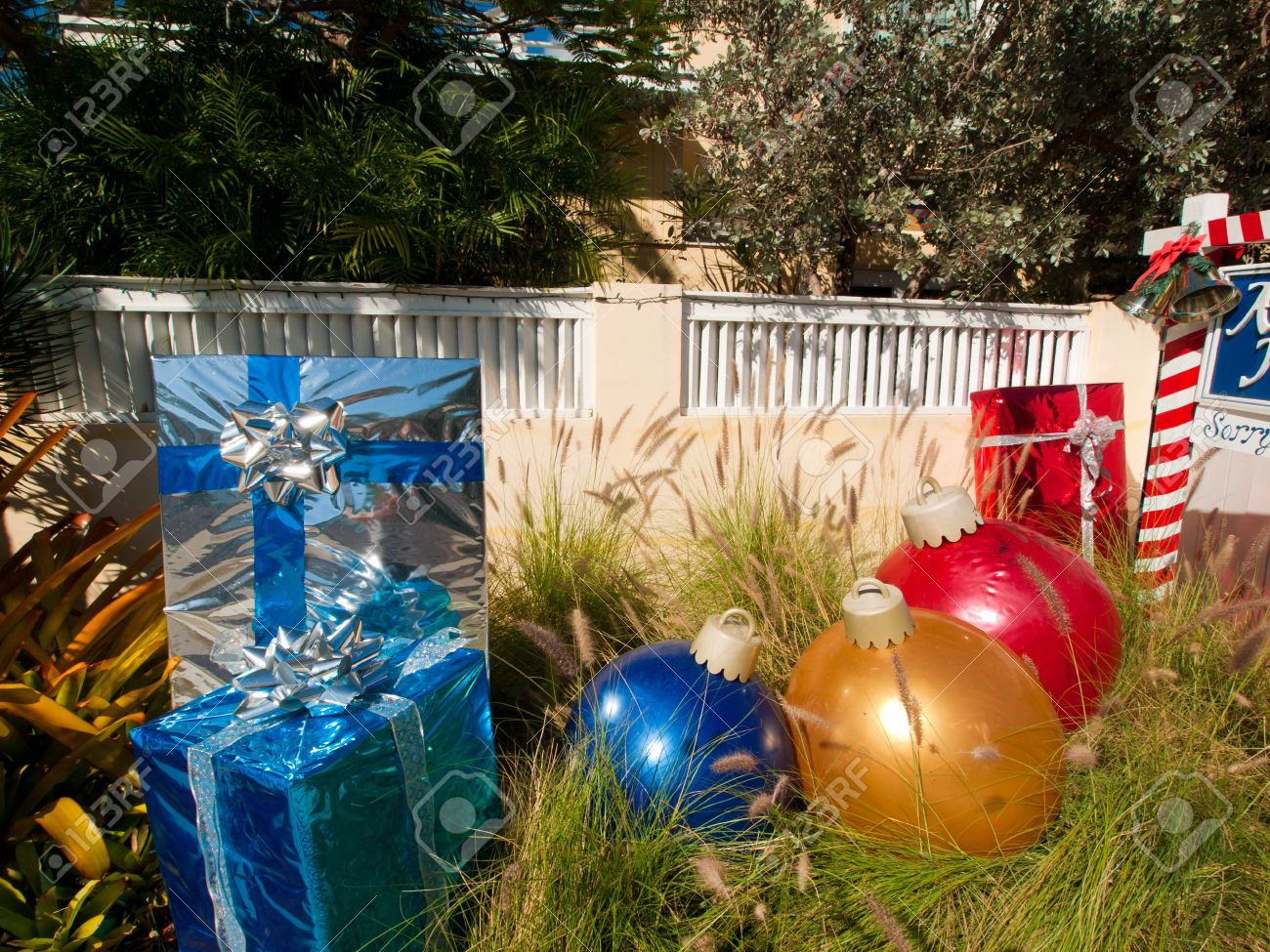 Florida christmas ornament - Front Yard Decorated For Christmas On Key West Florida Stock Photo 12444053