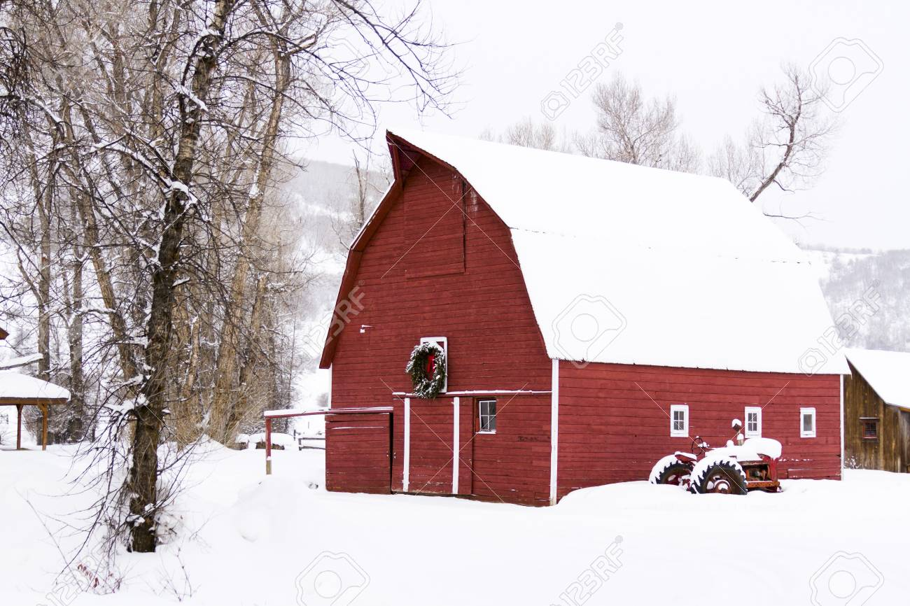 Red barn in snow on the farm in Colorado. Stock Photo - 17950876