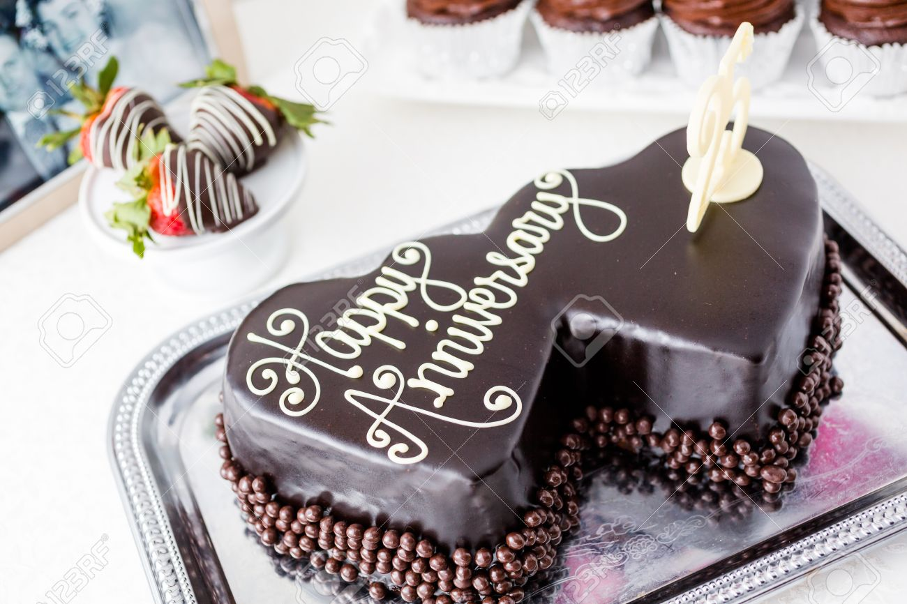 Most wedding cakes for the holiday chocolate wedding anniversary cake