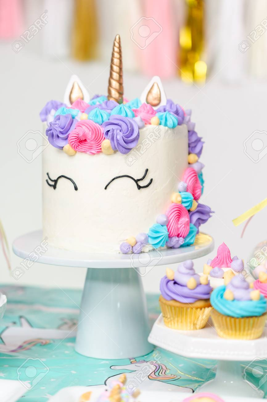 Superb Little Girl Birthday Party Table With Unicorn Cake Cupcakes Funny Birthday Cards Online Elaedamsfinfo