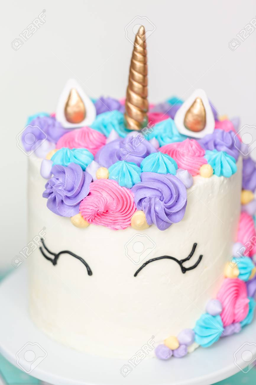 Terrific Close Up Of Unicorn Cake At Little Girl Birthday Party Stock Funny Birthday Cards Online Elaedamsfinfo