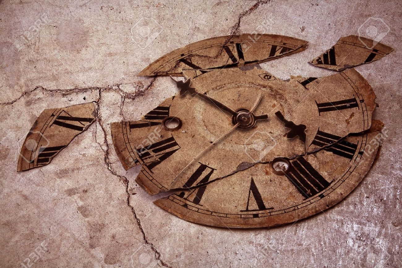 old fashioned clock Stock Photo - 9249215