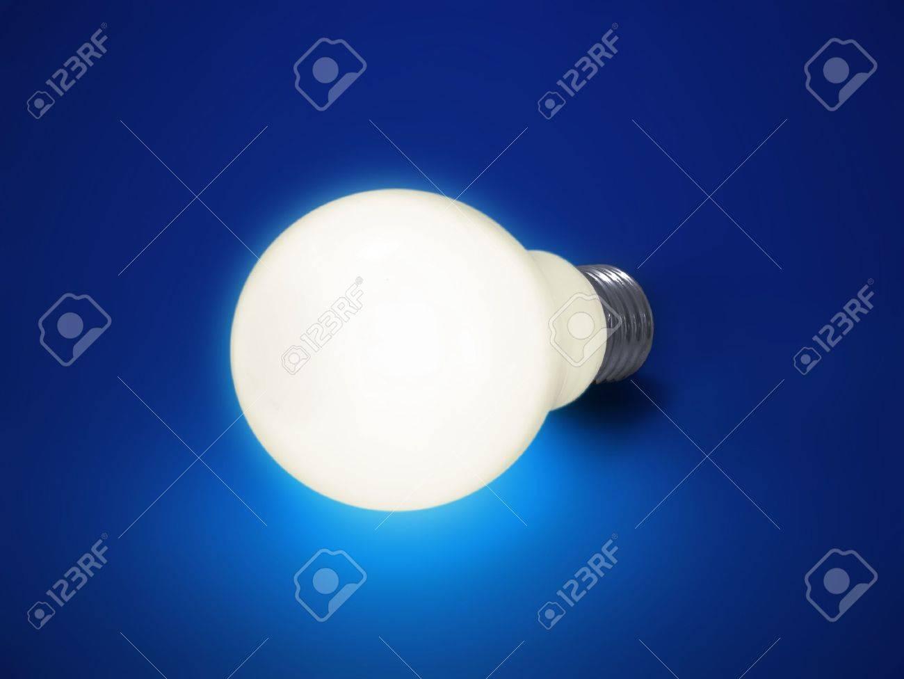Bulb Lights Up - 411832