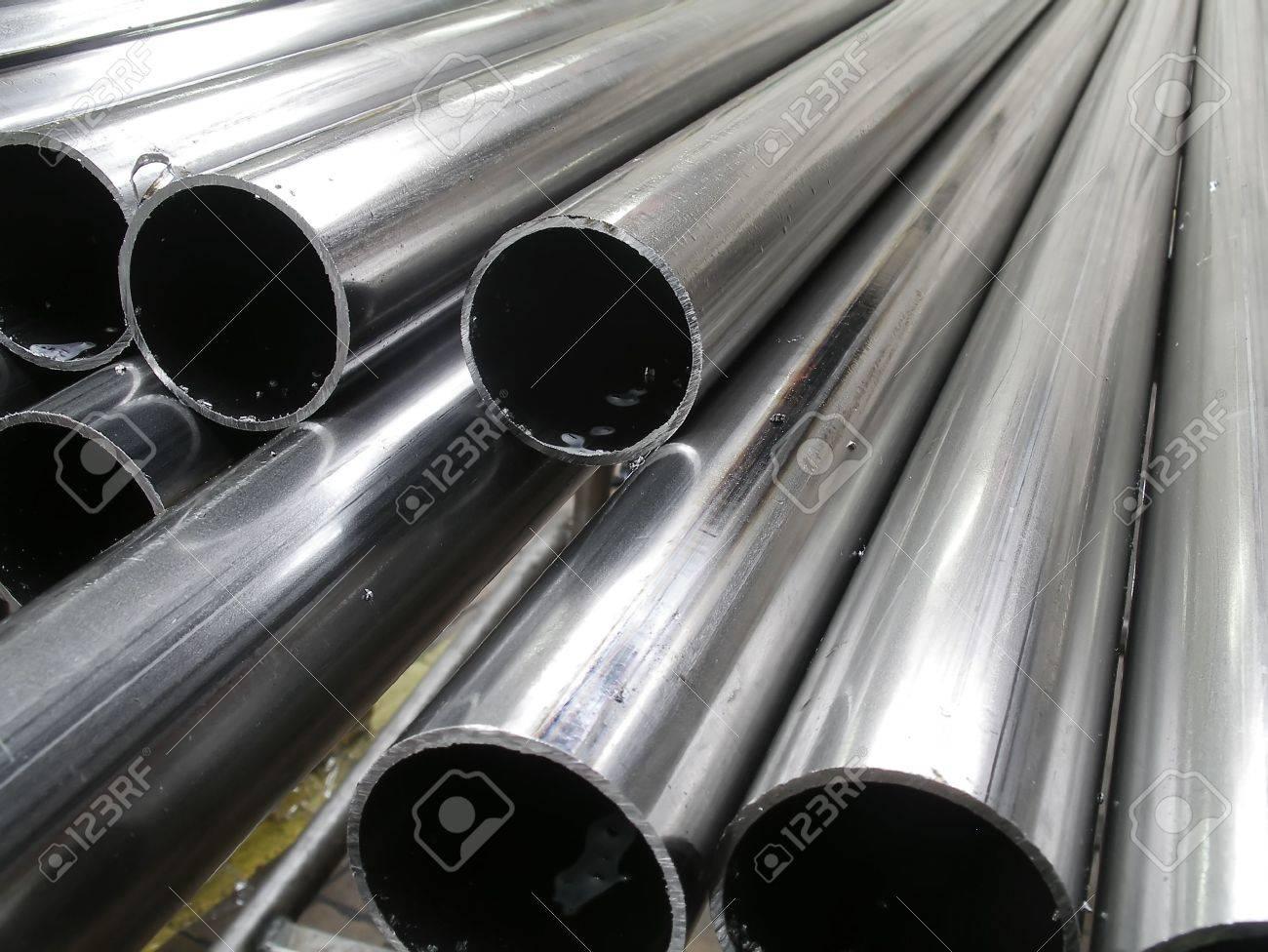 Background - Aluminum tubes - 427018