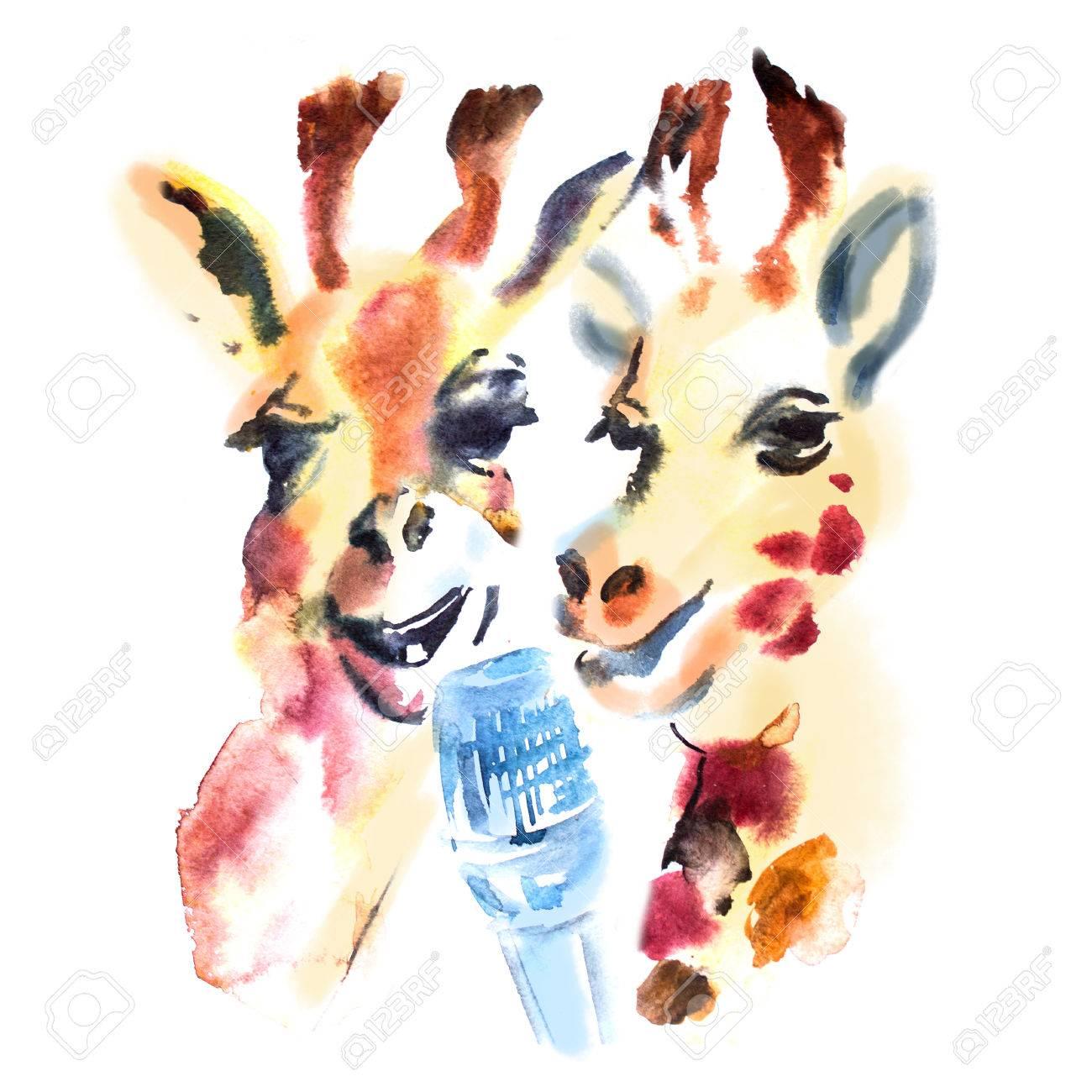 かわいいキリンが 2 頭はカラオケで歌を歌います楽しく陽気な動物の