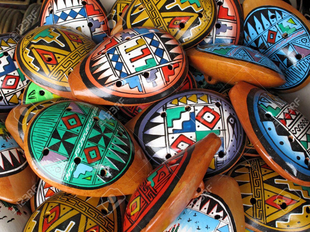 Ocarina. Autochtone instrument de musique composé d'argile Banque d'images - 11172081