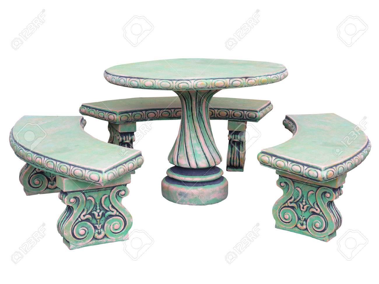 Dekoriert Stein Gartenmöbel Tisch Und Stühle Auf Weißem Hintergrund ...