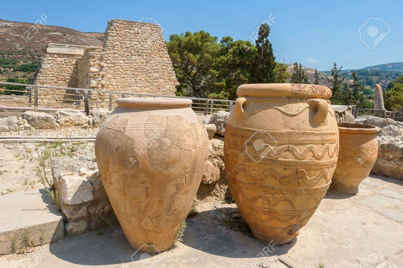 Clay jars at Knossos palace  Crete, Greece Stock Photo - 16820990