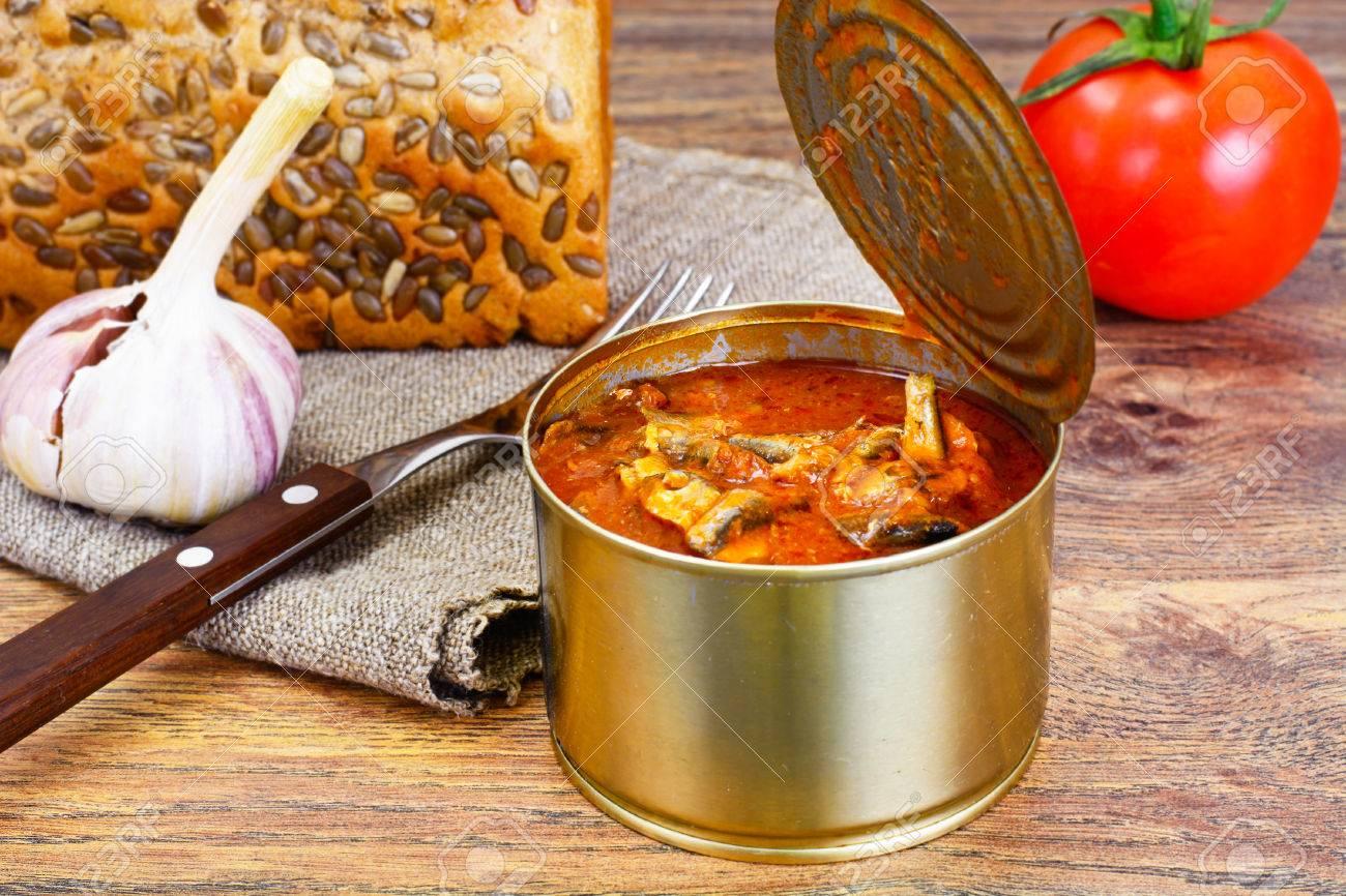 Fish sprat soup in tomato sauce: a recipe 86