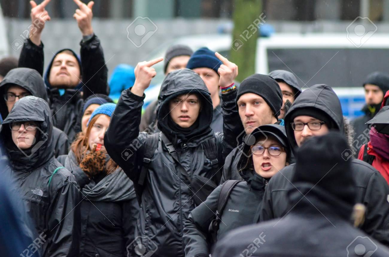日本 Antifa