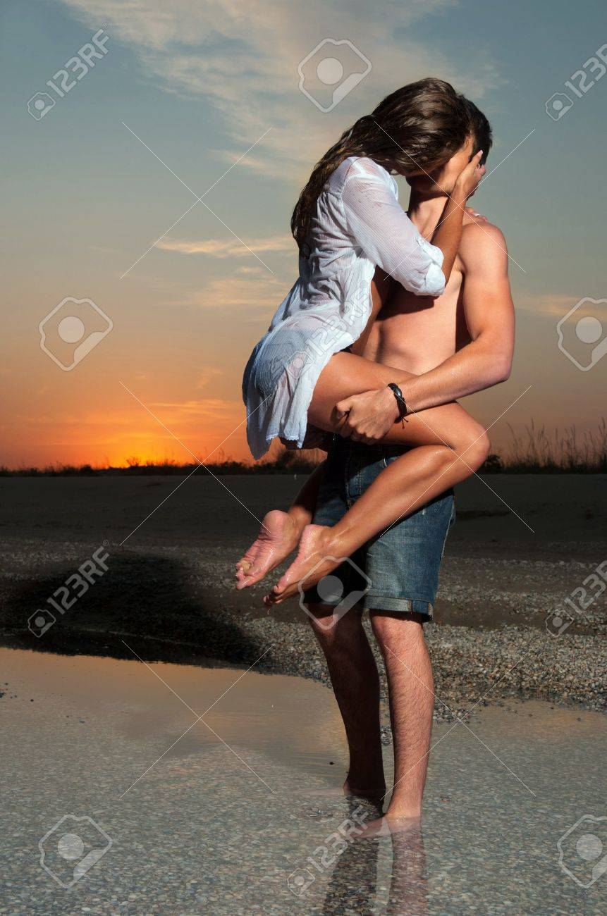 the guy holding the girlfriend on his back Stock Photo - 13054208