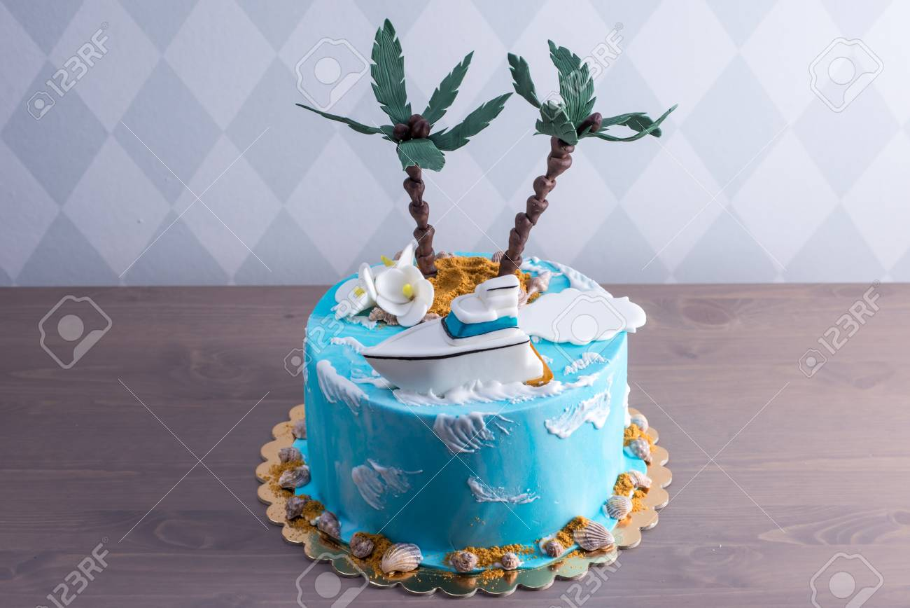 Pleasing A Beautiful Birthday Cake Decorated In An Island With A Palm Birthday Cards Printable Trancafe Filternl