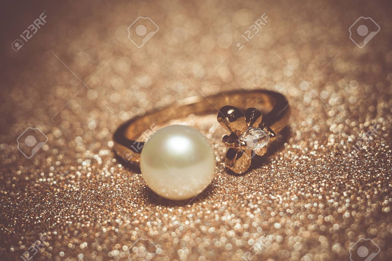 Luxury Rose Gold Plated Ring With Freshwater Pearl Of White Color