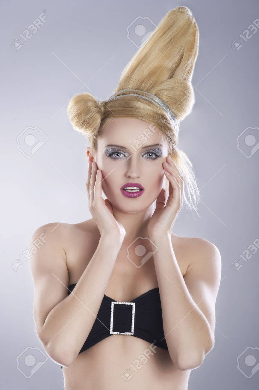 Portrait of beautiful woman Stock Photo - 14808754