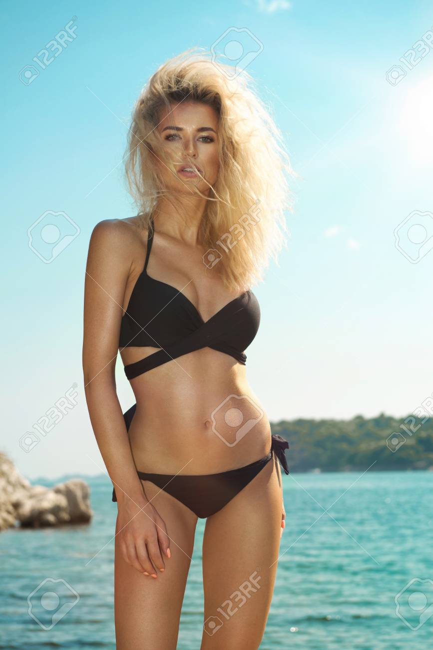 Pics of sexy blondes