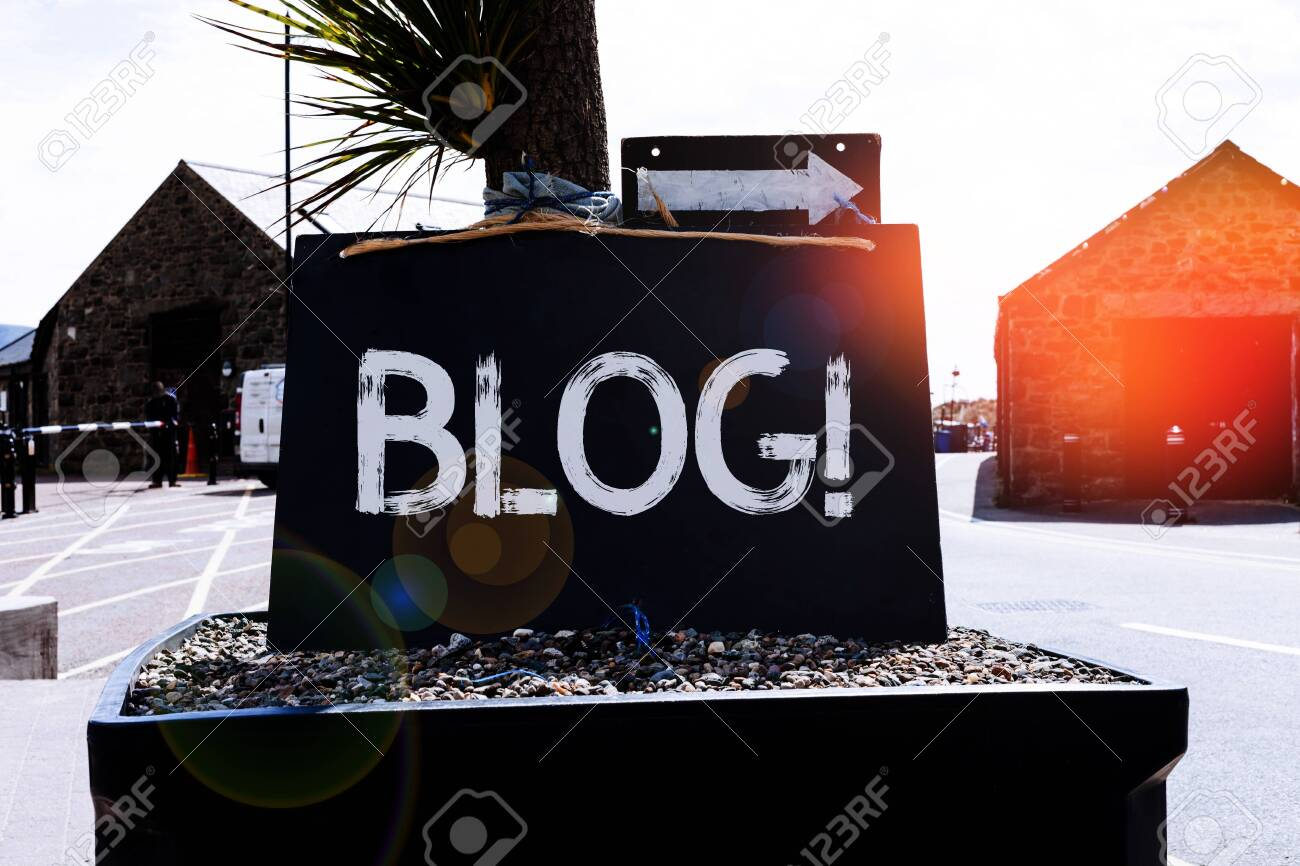 Text sign showing Blog. Business photo showcasing regularly updated website web page run by individual or group Empty black board with copy space for advertising. Blank dark board - 131600098