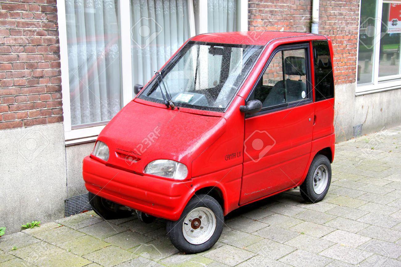 Amsterdam Netherlands August 10 2014 Tiny Car Canta Lx At