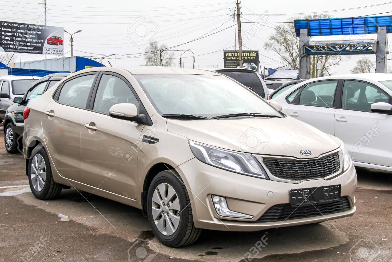 UFA, RUSSIA - APRIL 19, 2012: Motor Car Kia Rio At The Used Cars ...