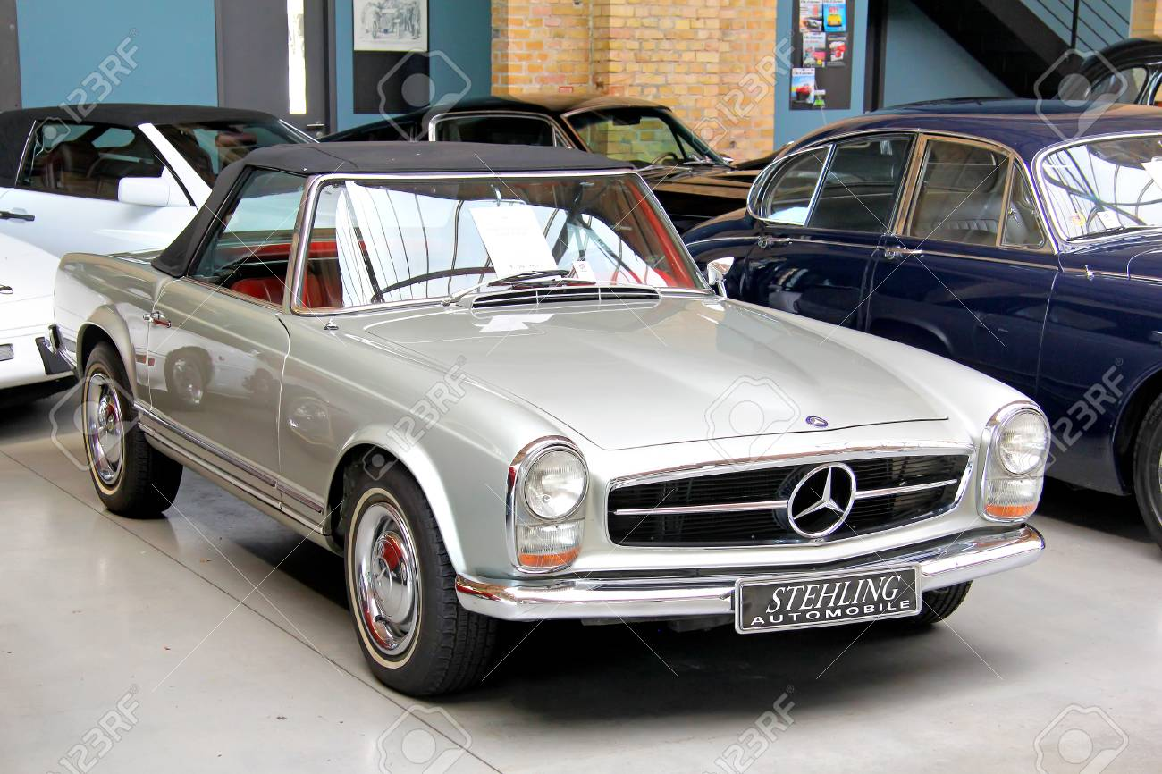 BERLIN, GERMANY - AUGUST 12, 2014: German Classic Vehicle Mercedes-Benz..  Stock Photo, Picture And Royalty Free Image. Image 55059976.