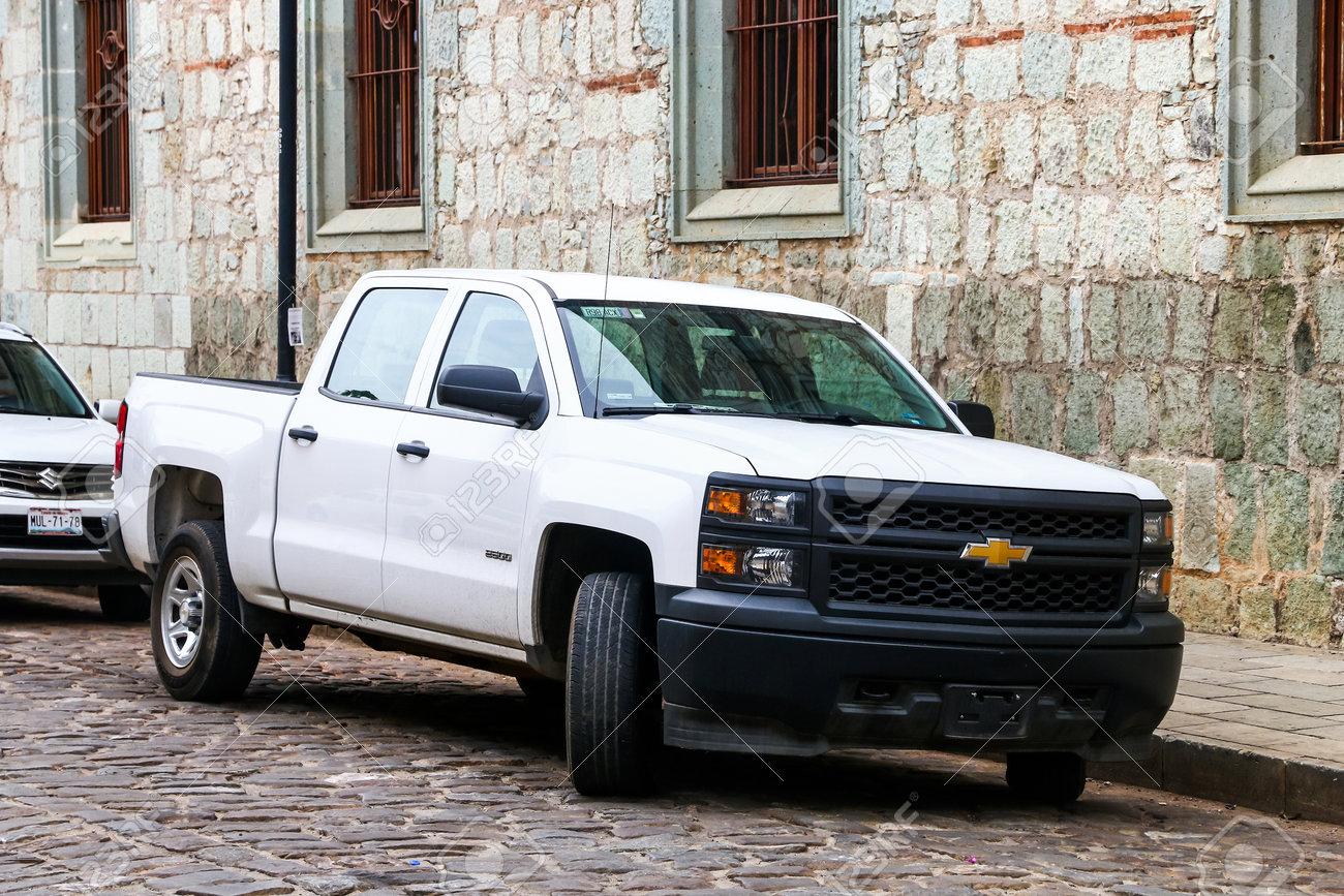 Oaxaca Mexiko 25 Mai 2017 Pick Up Chevrolet Cheyenne In Der